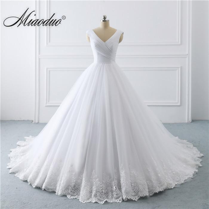 2019 Simple White Wedding Dresses Princess long Applique Puffy Ball Gown Bridal Dress Robe De Mariee