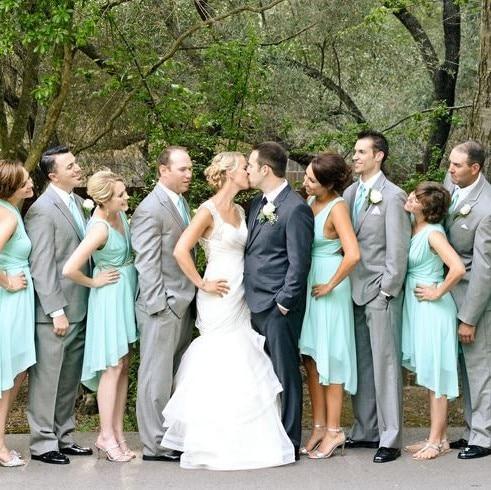 Mint Green Knee Length Chiffon Short Bridesmaid Dresses Deep V Neck Spaghetti Strap High