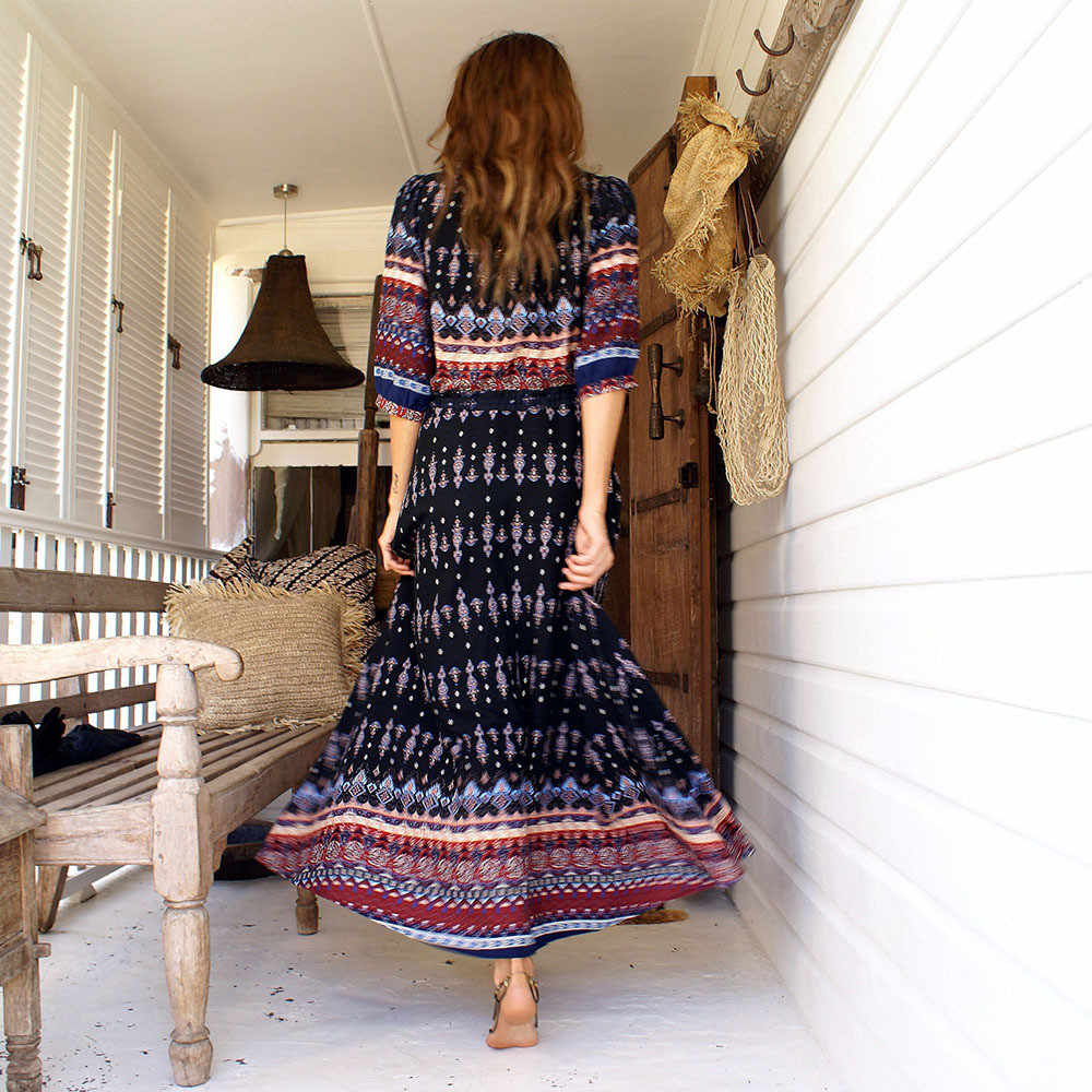 cc406e59cc7e ... Sexy Print Long Women Dress Elegant Maxi Vintage 2018 Fashion Beach  Robe Bohemian Vestidos Casual Clothes ...