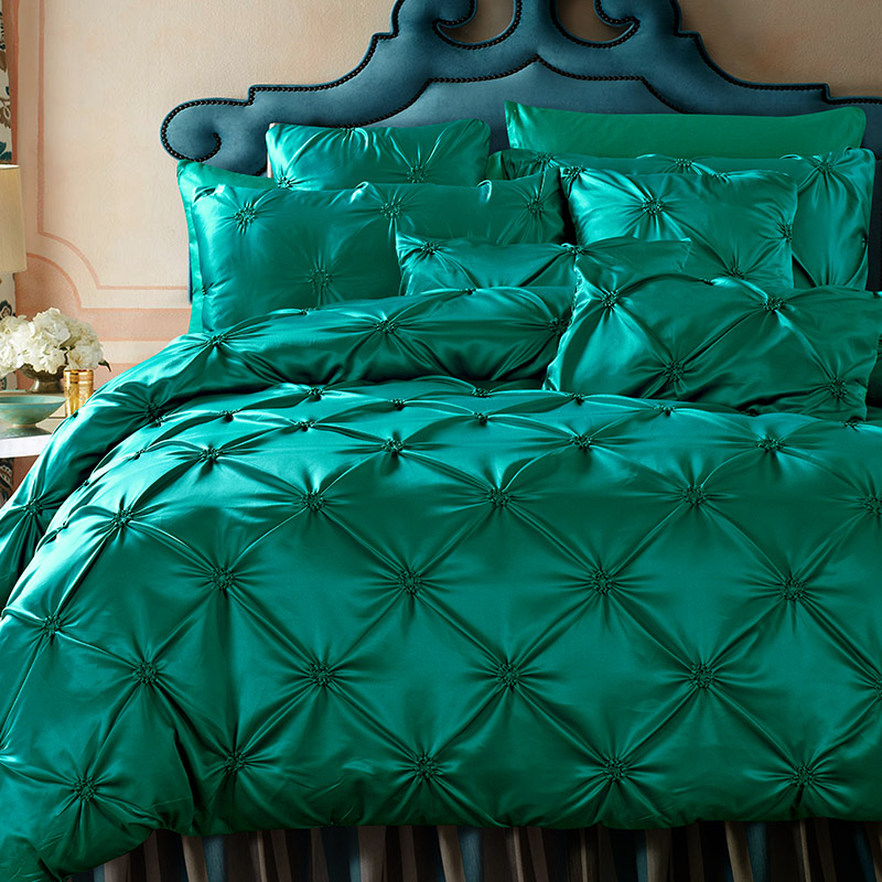Luxury Duvet Cover Set dark Green Pinch Pleat 4/6pcs Queen Size Bedclothes Bedding Sets(no filling )Luxury Duvet Cover Set dark Green Pinch Pleat 4/6pcs Queen Size Bedclothes Bedding Sets(no filling )