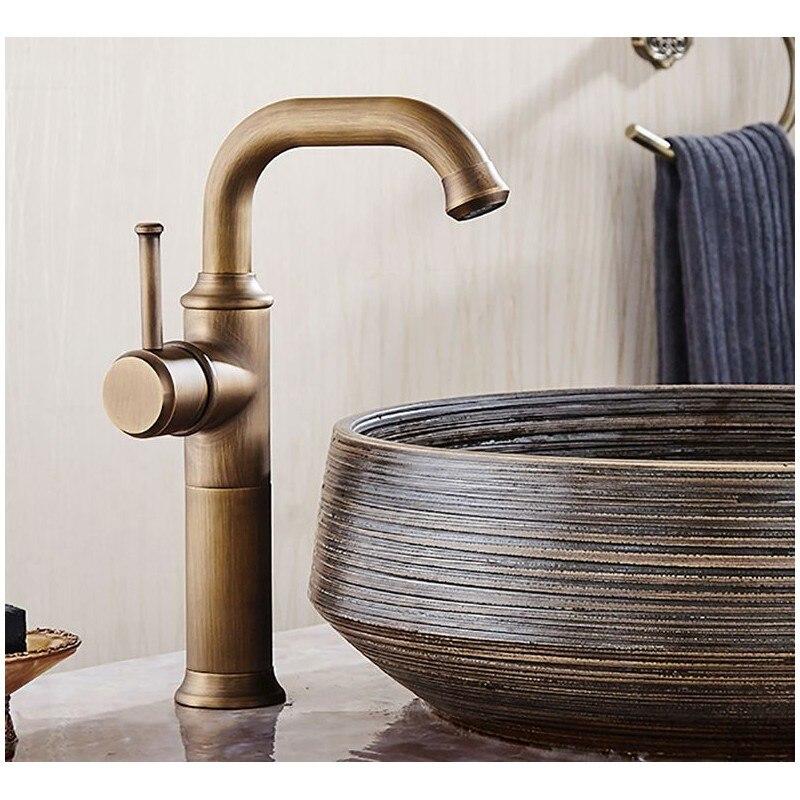 Basin Faucets Antique Brass Faucet Bathroom With Single Handle Vintage Deck Mount Torneiras Hot Cold Bath