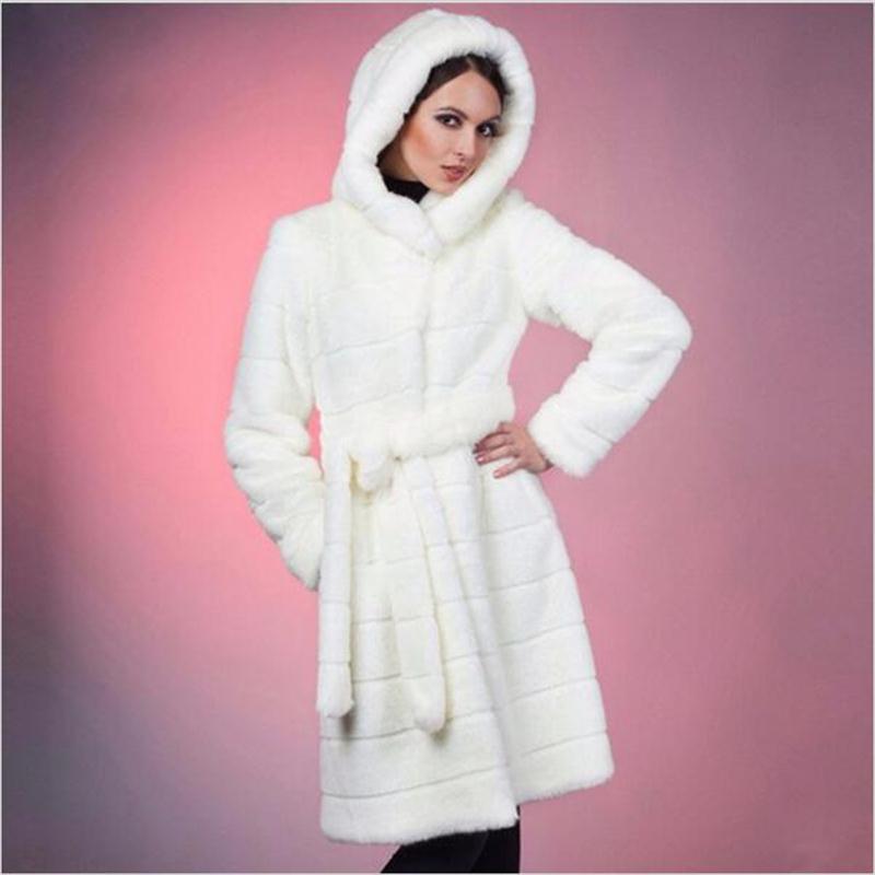 Femmes 90 Grande 2018 Fourrure Vison Vêtements black Nouvelle Manteaux Avec 7xl Taille L'économie White Artificielle Cm Femme Luxe Capuche Manteau De Hiver Fausse wtqXWnW0