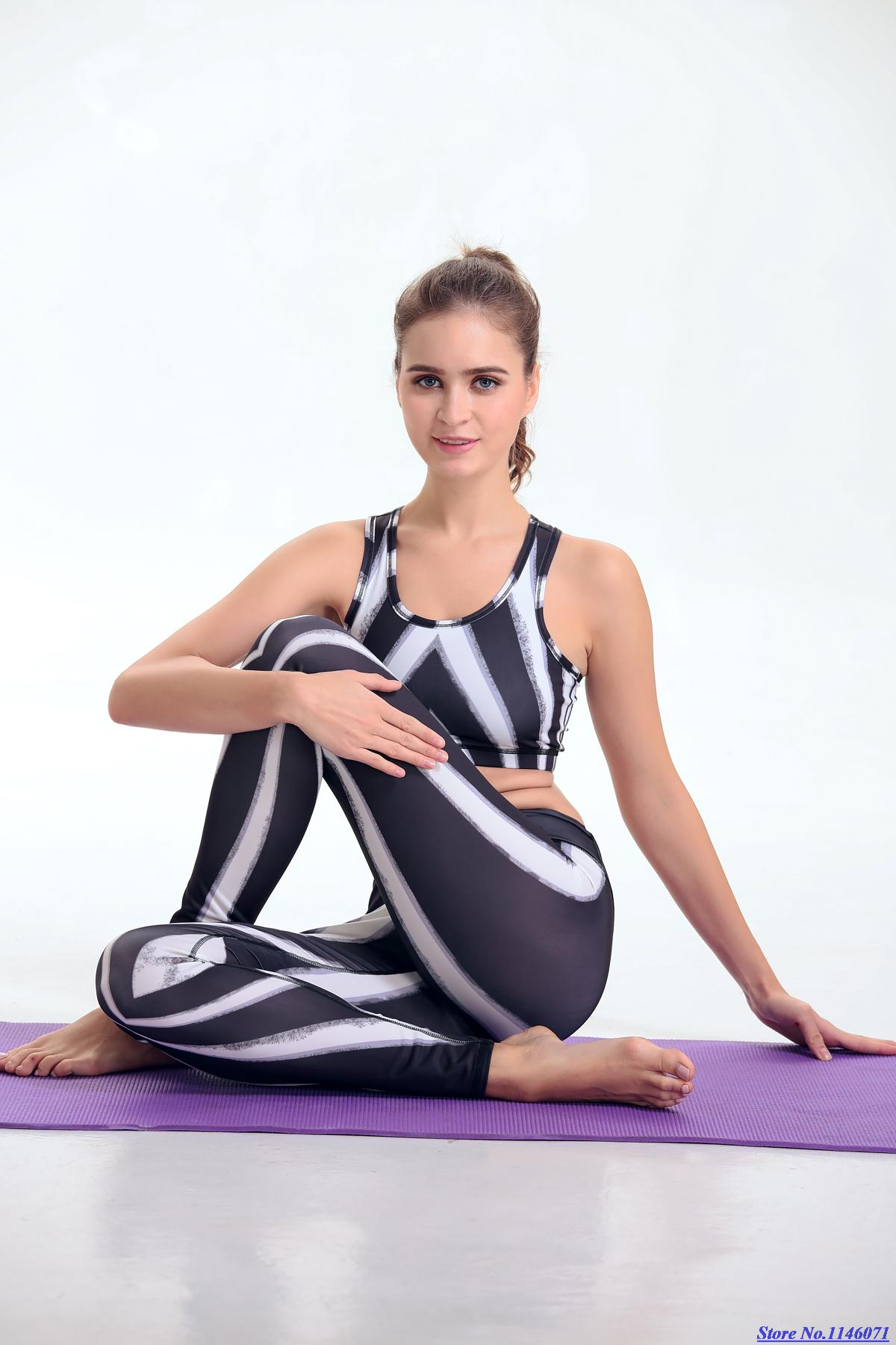 New Zebra Yoga Set Black and White Stripe Sportswear Women Print tracksuit  Female Fitness gym outfit tight-fitting Top Grade 6d96ddca6c0f