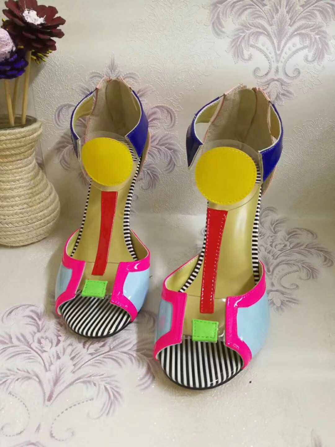 Summer Ladies Stripe High-heeled Mixed Contrast Colors Sandals Sexy Peep Toe High Heels Gladiator PVC Patched Sandals ShoesSummer Ladies Stripe High-heeled Mixed Contrast Colors Sandals Sexy Peep Toe High Heels Gladiator PVC Patched Sandals Shoes