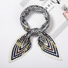 2019 New Womens Small Silk Square Scarf Crinkle Hair Scarfs for Ladies Pleated Scarves Bandana Printed Female Foulard 100*30CM