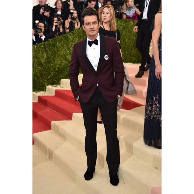 2b28747b883c 2018 New Black Shawl Lapel Burgundy Blazer Prom Party men Suit Slim Fit  Groom Tuxedos 2 pieces Mens Wedding Suits (Jacket+Pants)