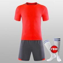 ba71e98c9a GRÁTIS MEIAS De Futebol Da Equipe Personalizado Homens Respirável Conjunto  2018 2019 Camisas De Futebol Uniformes de Futebol Kit.
