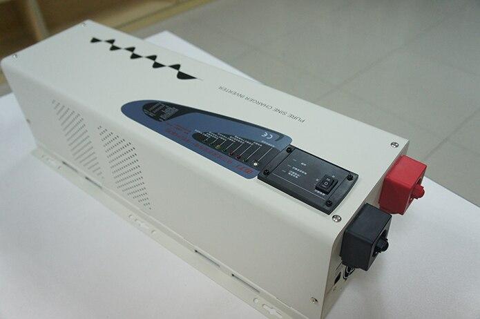 Intelligent pure sine wave 4kw solar hybrid power inverter with batter charger 24v 220v 4000w
