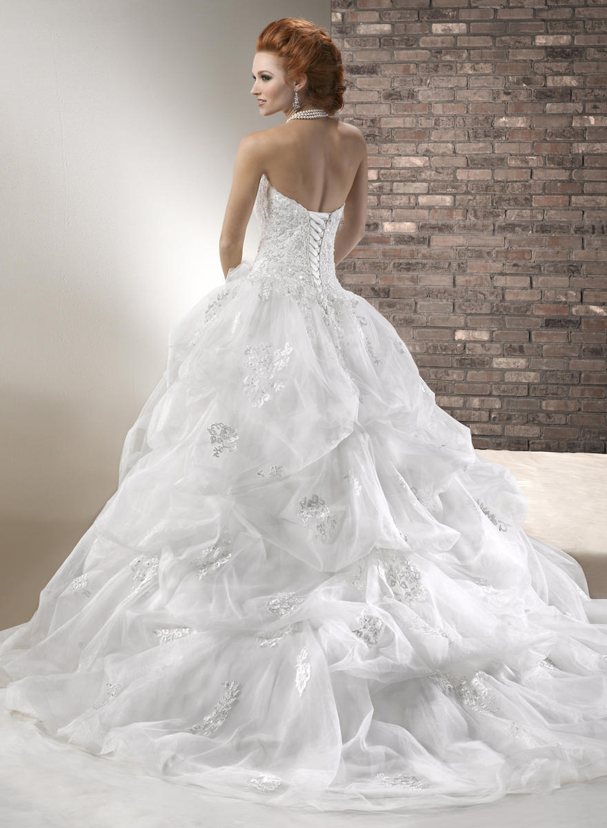 White organza ball gown court train strapless sweetheart for Wedding dresses not strapless