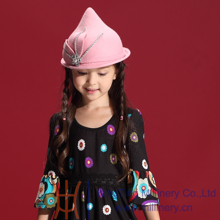 Winter Girl Hats Exquisite Beaded Warm 100 Wool Hats Hair Accessories Lovely Children s Felt Caps