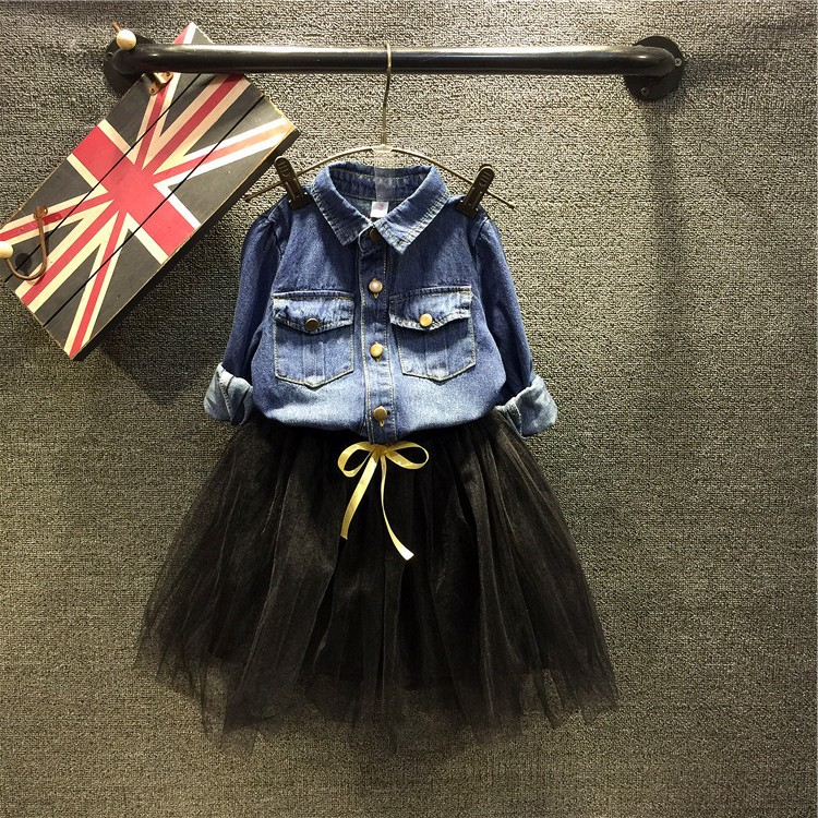 цена Spring autumn girls clothing set kids denim blue jacket and black bow skirt set children casual all match clothes 1-6 years old онлайн в 2017 году