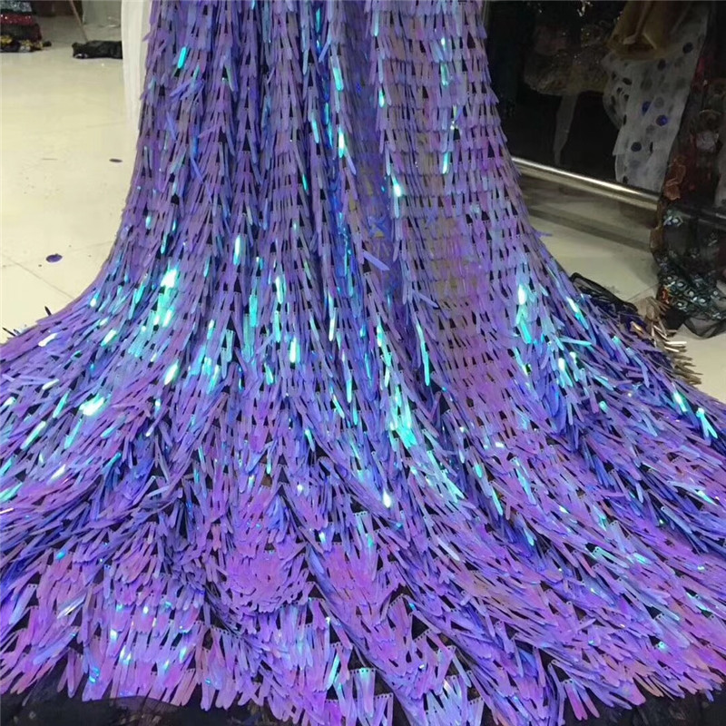 2018 Fashion Sequins African Swiss Voile Lace Fabric High Quality 3D Sequins Lace Embroidery African Lace Fabric For Wedding