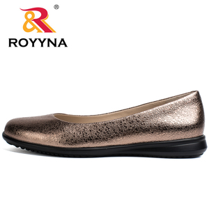 Image 5 - ROYYNA Hot Style Women Flats Round Toe Women Loafers Metal Color Material Female Shoes Light Soft PU Out Soles Ladies Shoes