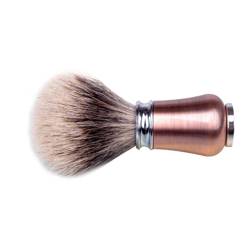 bronze de metal lidar com rosto barba