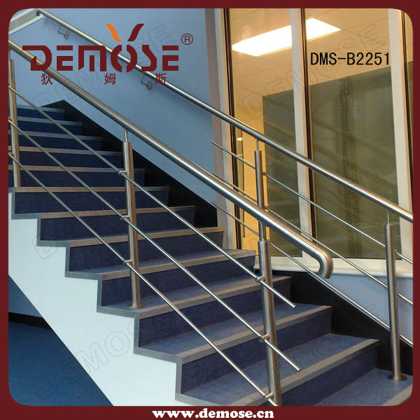 Outdoor Balcony Stainless Steel Railing Design