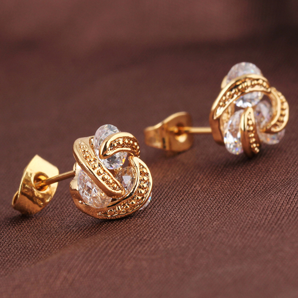 latest gold earrings for girls