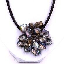 Модные ювелирные изделия барокко перламутр цветок черный жемчуг ожерелье с плетеной кожей