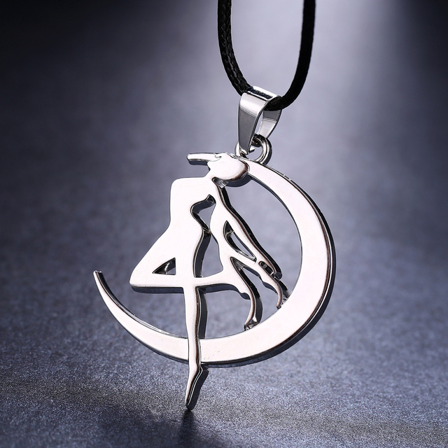 Anime Sailor Moon Silver Chain Necklace Tsukino Usagi Pendant Cosplay Accessories Jewelry friendship gift