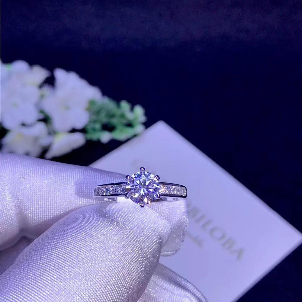 Round Silver Moissanite Ring 1ct D VVS Luxury Moissanite Weding Ring For Women