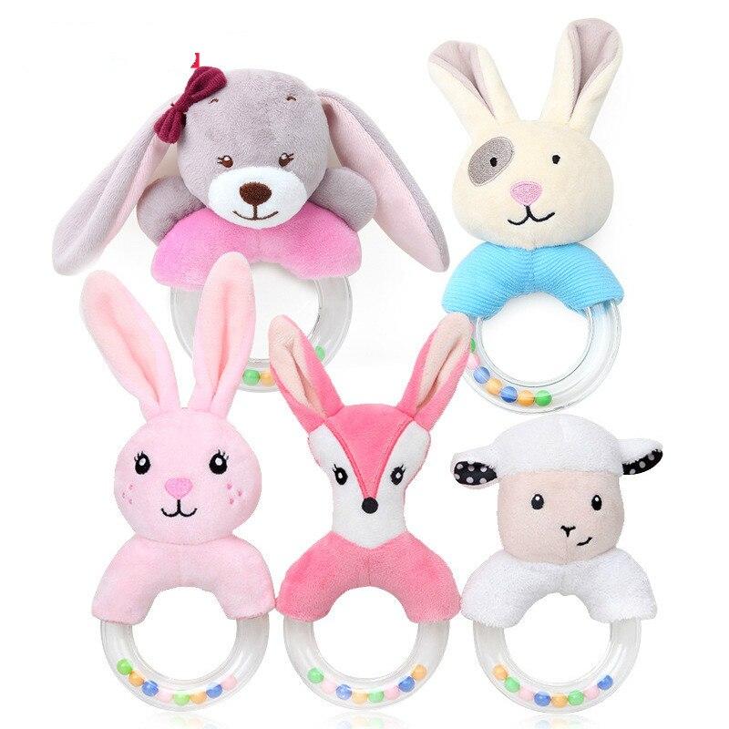 Bebê bonito chocalho brinquedos coelho pelúcia bebê dos desenhos animados cama brinquedos para recém-nascido 0-24 meses brinquedo educativo coelho urso mão sinos