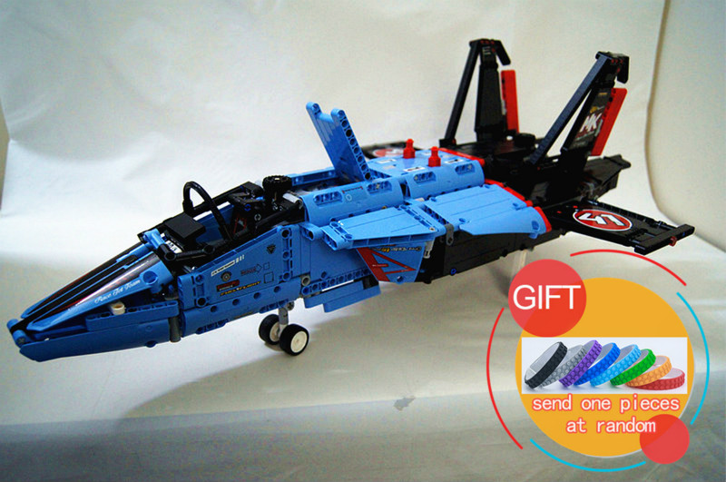 20031 1151pcs Technical Series The jet racing aircraft set Model Building Kits Brick Toy Compatible with 42066 цена и фото