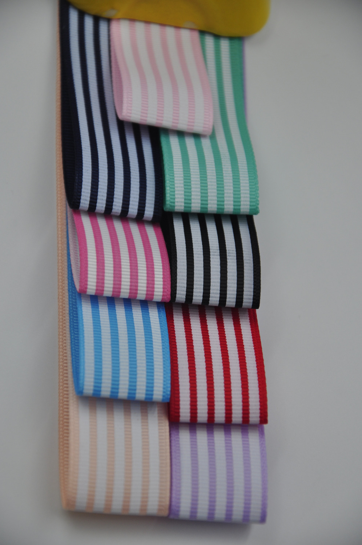 Бесплатная доставка! 1 «2.5 см 25 мм с принтом в полоску Grosgrain ленты для DIY Craft, волосы, Вышивание, упаковка, свадебная вечеринка 10 ярдов лот