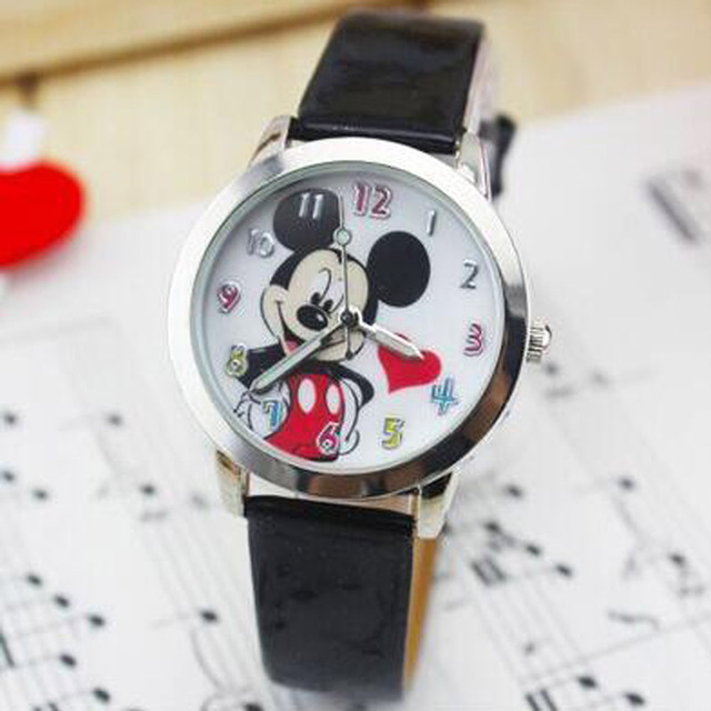 New Fashion Delicate transparent hollow dial leather strap wristwatches quartz m