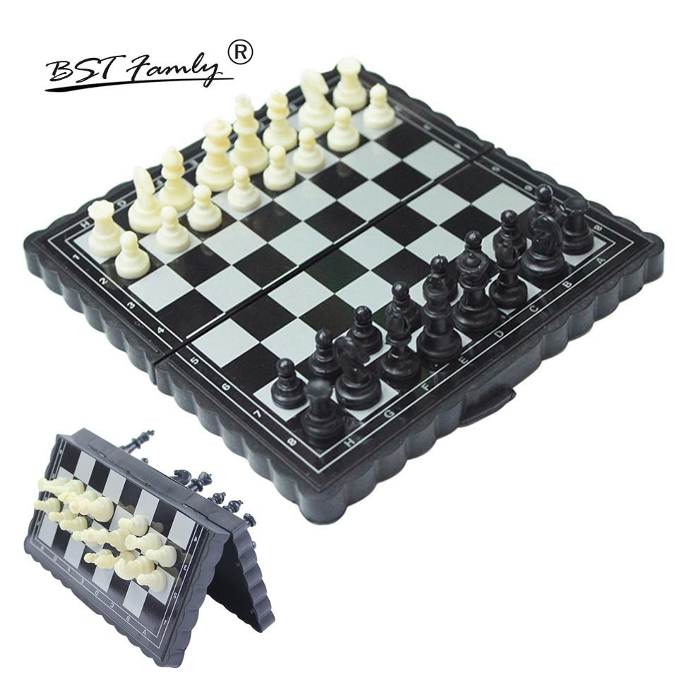BSTFAMLY Plastic Mini Chess Set Portable Game of International Chess 13 13cm Folding Chessboard Chess game