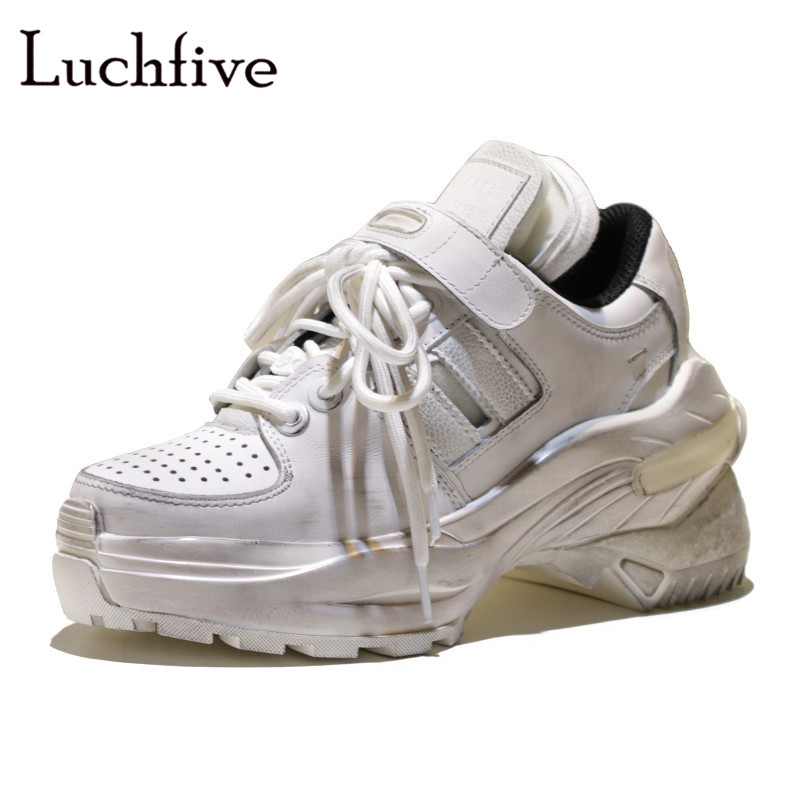 Hot Runaway Platform casual shoes woman classic Lace up Round toe Leisure Outwear Black White High