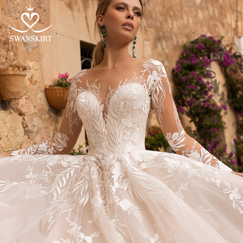 Swanskirt Long Sleeve Wedding Dress2019 Princess Sweetheart  A-Line Appliques Court Train Bride Gown Vestidos De Novia N102