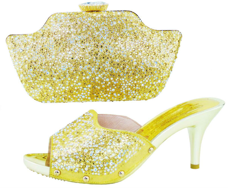 ФОТО GOLD Color Italian Shoe with Matching Set Italian Matching Shoe and Bag Set Women Shoe and Bag To Match for Parties & Wedding
