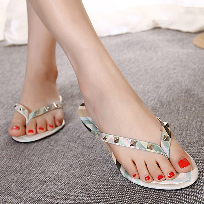 valentine shoes summer style thong 2016 new women flat sandals Colorful women flip flops rivet woman sandals soft bottom shlepky
