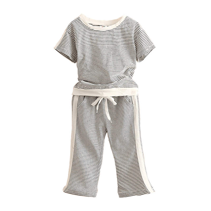 Baby sports suit summer clothes girls childrens wear short sleeve T-shirts and cropped trousers