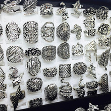 卸売ロット 50 個ミックススタイルの女性のレトロな宝石リングブランド新