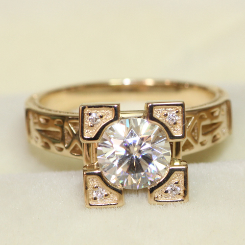 Eiffel Tower Shaped 1 Carat ct No Less Than GH Color Engagement Wedding Lab Grown Moissanite Diamond Ring 14K 585 Gold