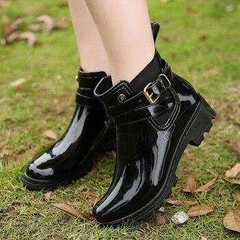 a7f075c18 Модные непромокаемые сапоги; коллекция 2018 года; популярные женские  ботинки «Челси»; женские резиновые сапоги; ботильоны; Женская Осенняя об.
