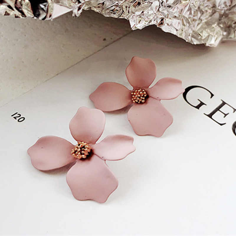 5 Color Fashion 2018 Ladies Cute Spray Paint Metal Flower Stud Earrings For Women Korean Jewelry Kids Girls Gifts Earring Brinco