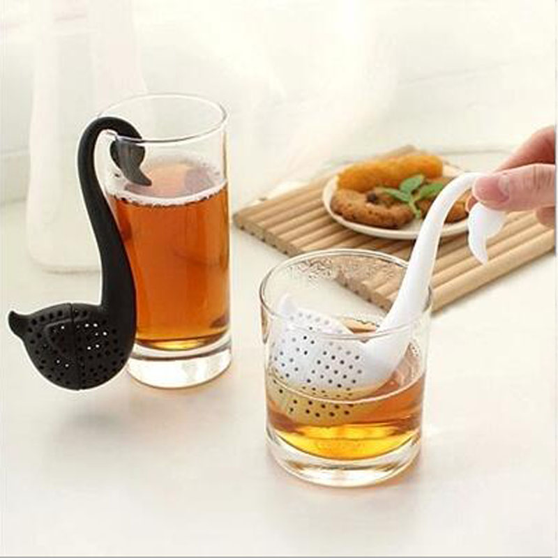 2017 Brand New Little Swan Plastic Tea Strainers Creative Lovely Tea Filter Cute Tea Filter Baskets Tea Strainers XHH05305