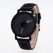 new fashion creative watches women men quartz watch 2019 brand unique dial design Couples watch leather wristwatches clock gifts fashion creative quartz watch personality minimalist leather normal led watch men women unisex wristwatches couple clock lz2209