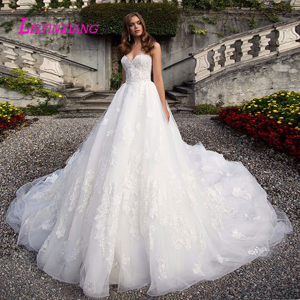 leiyinxiang 2019 Wedding Dress Vestido De Noiva Sereia Robe Sexy Ball Gown Lace Luxury Bride Dress Elegant Appliques Strapless-in Wedding Dresses from Weddings & Events