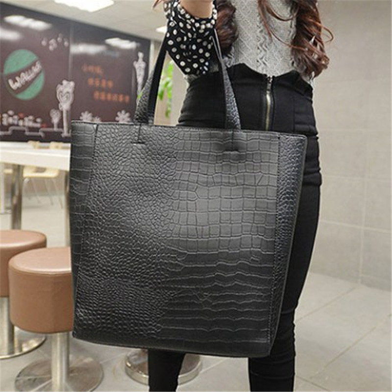 adddc6923f988 US $28.49  Vintage Black and Crocodile Print Design Women Tote Bag Famous  Brand Handbag Luis Simple Shopping Picture Package-in Top-Handle Bags from  ...