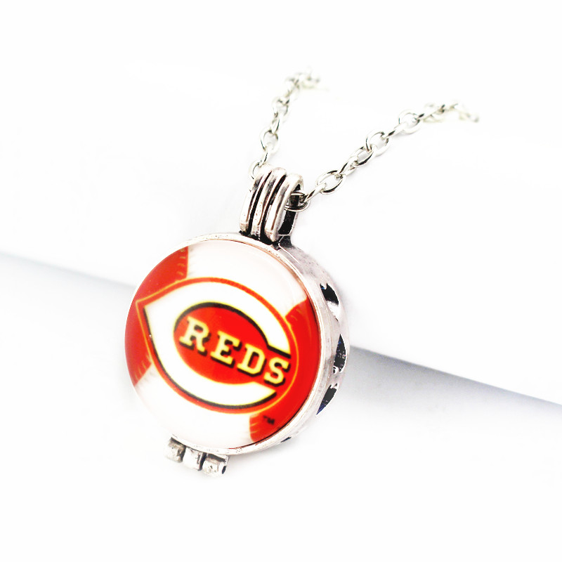Newest 1pcs/lot glass Cincinnati Reds Baseball 27mm Perfume Diffuser Sports Lockets Pendant With (50cm)chain For Necklace