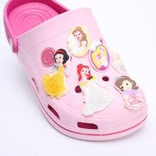 1-7 adet Lot Octonauts Outlander PVC Ayakkabı Bkckle Ayakkabı Aksesuarları Bebek Kız Prenses Fit Bantları Bilezikler Croc Çocuklar Hediyeler