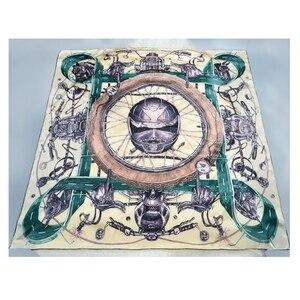 Image 2 - Nadrukowana moda 100% jedwabny szal kobiety duży kwadratowy jedwabny szal szal okłady peleryna luksusowe ręcznie walcowane 106cm kobiece prezenty