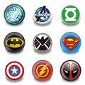 Nova chegada 90 pçs/lote super hero emblemas botões pinos emblemas redondos moda sacos de peças acessórios do partido crianças presentes