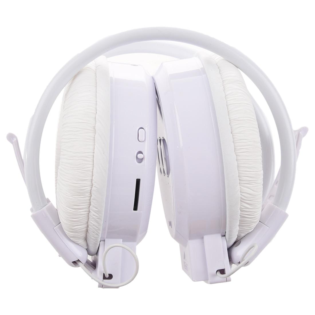 MP3 player FM radio White Sport Headphones + Audio USB cable