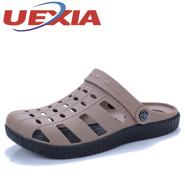 Summer Men's Light Weight Garden Clogs Slippers Fashion Beach Sandals For Men