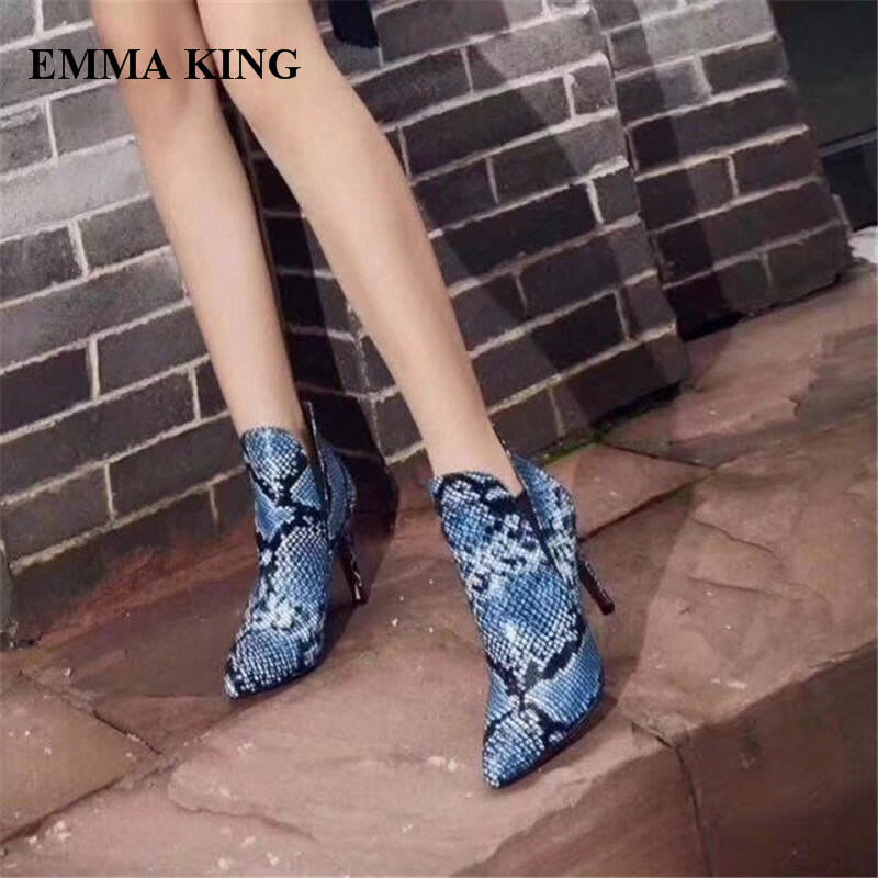 EMMA KING New Zapatos Mujer Snake Print Pointed Toe Ankle Woman Boots Cool Shallow High Heels Night Club Party Woman Ankle BootEMMA KING New Zapatos Mujer Snake Print Pointed Toe Ankle Woman Boots Cool Shallow High Heels Night Club Party Woman Ankle Boot