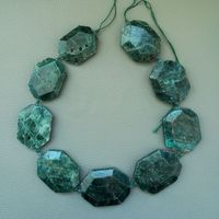8SE11191 30x40mm Natural Green Apatite Faceted Chunk Loose Beads 15.5 Strand