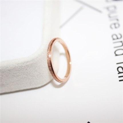 868691f7d9b8 € 2.33 45% de DESCUENTO|YUN RUO Rosa oro plata colores 2 MM esmerilado fino  anillo para mujer hombre boda joyería 316L Acero inoxidable previene se ...